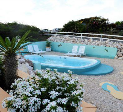 zwembad amazing view bungalows