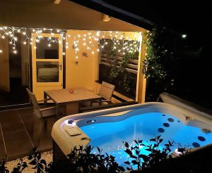 Amazing View Bungalows by night