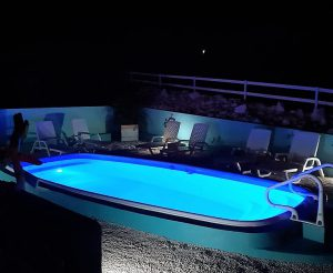 Amazing View Bungalows swimming pool by night